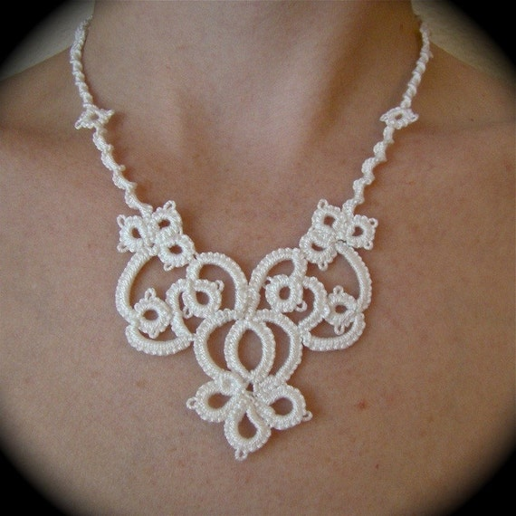 Tatted Lace Necklace - The Bride's Garden