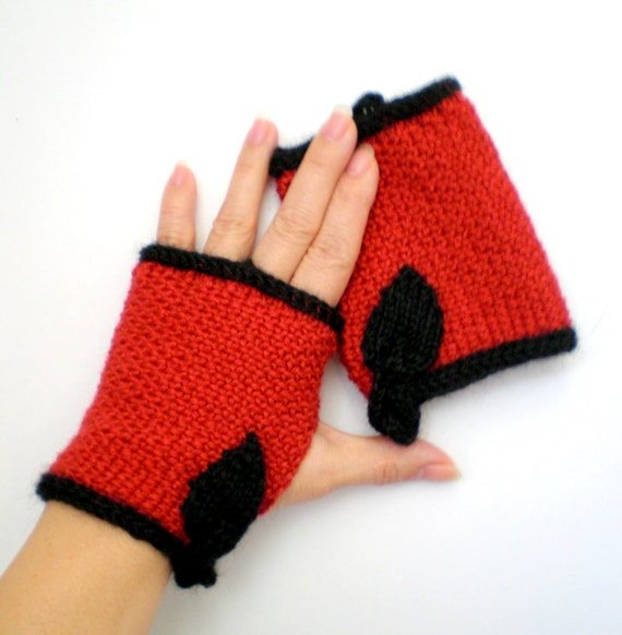 Women Wool Fingerless Gloves aka Texting Gloves - Red and Black Leaf