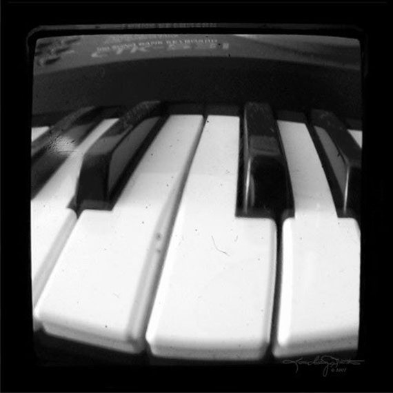 Piano Keys Photo Black and White TTV 5x5