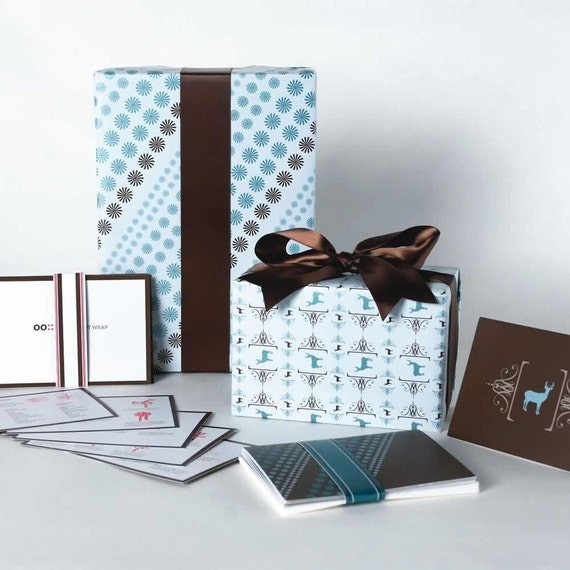 Grift Wrap set Star and Deer wrapping paper, gift tags and greeting cards