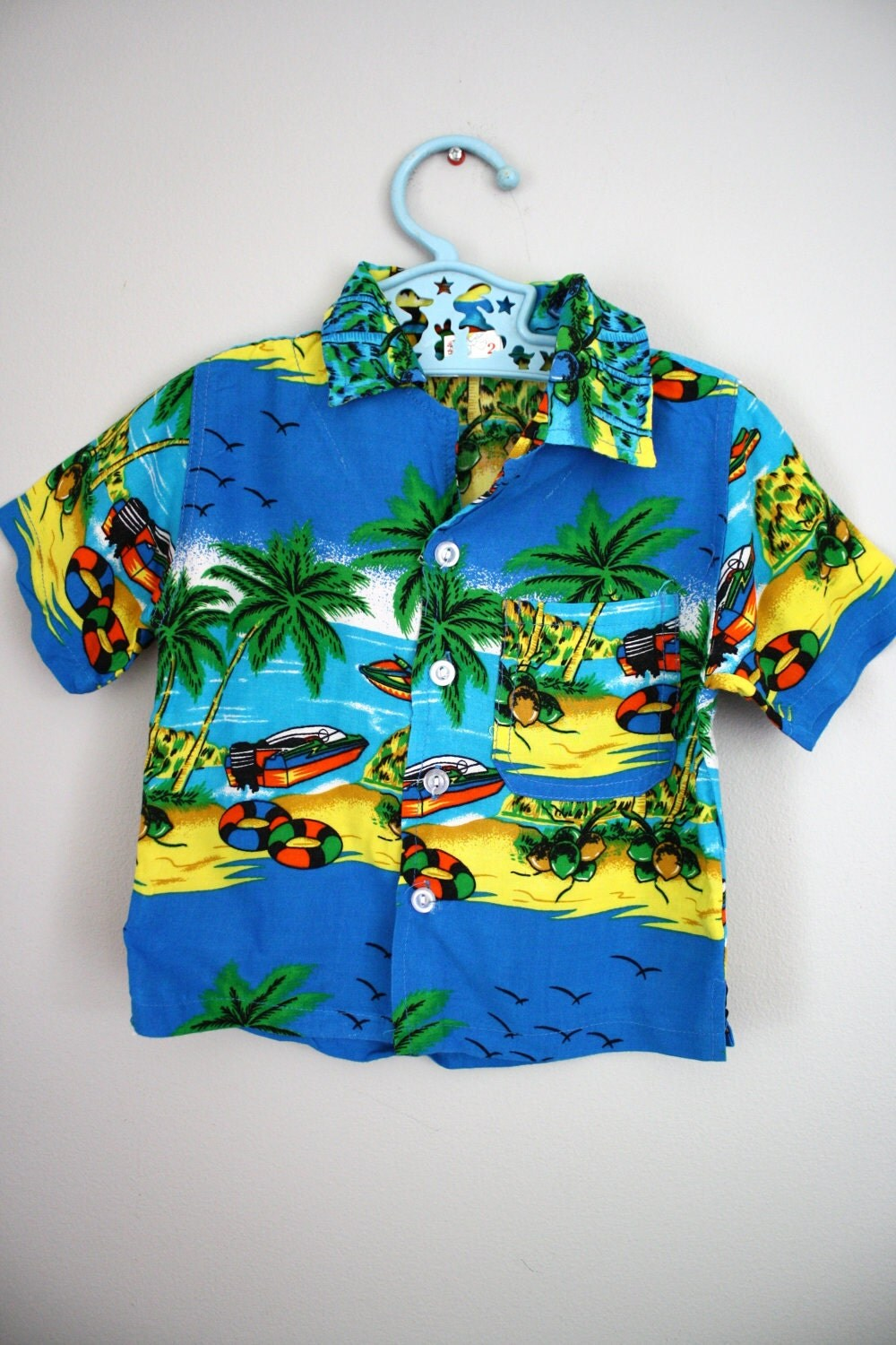 Shop for Hawaiian Baby Clothes & Accessories products from baby hats and blankets to baby bodysuits and t-shirts. We have the perfect gift for every newborn.