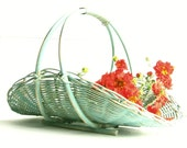 Aqua Wicker Flower Basket ........ Chalkpainted - MagiaMia