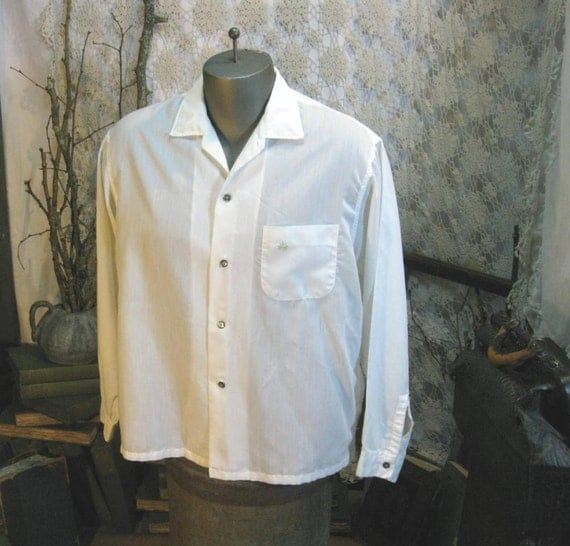 Vintage Ivory Mens Shirt  1960s Penney's  Summer fabric M- L