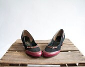 Vintage 40s Buckle Heels / 1940s Pumps / Suede and Redwood Leather / Shoes 6.5 - GingerRootVintage