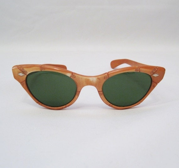 bamboo 1950s sunglasses for women