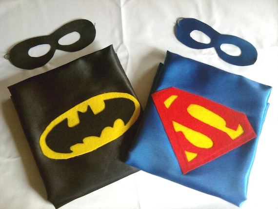 Superhero cape REVERSIBLE Batman and Superman WITH REVERSIBLE mask