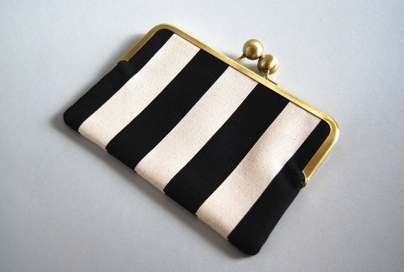 "Unique and Stylish eReader / Kindle / Sony / Nook Clutch Case ""Black Stripes"""