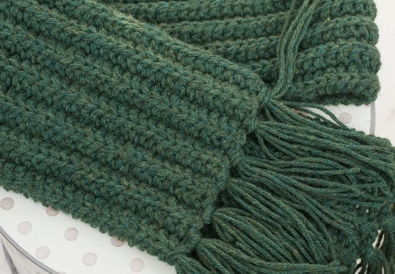 Mens Scarf Hand Knit Unisex Dark Forest Green Men Fashion  Hand Knitted Scarves For Men