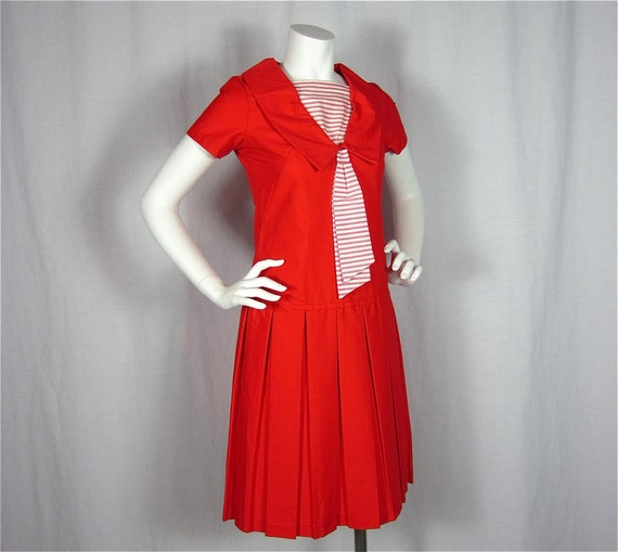 25% Off Storewide Sale //  Hey Sailor Vintage 60s Red and White Drop Waist Dress, Sz S