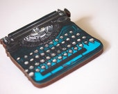 Turquoise Retro Typewriter Laser Cut Wood Brooch