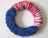 Red White Blue Wreath, Patriotic Yarn and Felt Wreath, 12 inch size - TheBakersDaughter