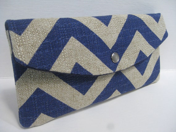 Gift Idea...The Jenna Clutch / Perfect for your Bridesmaids or any Gift Giving / Denton Chevron Zig Zag in Peacock