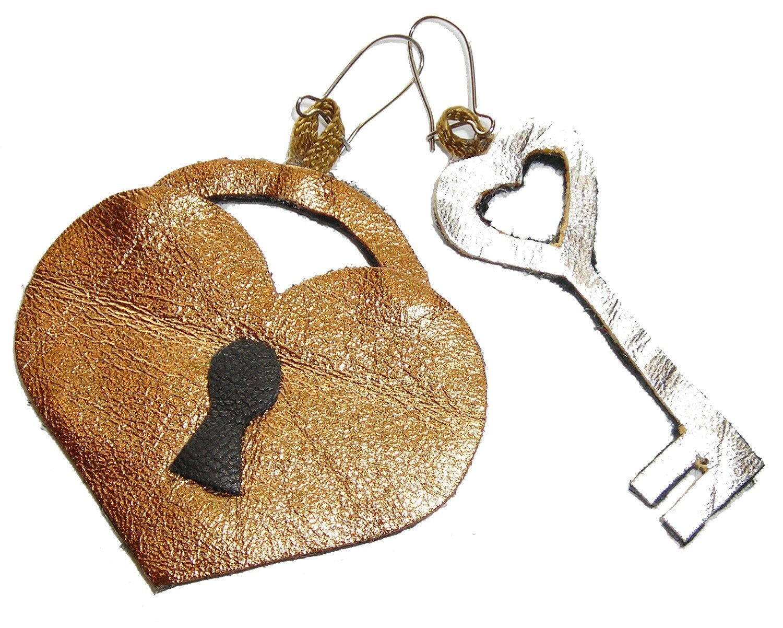 Locking Back Earrings