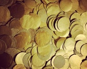Metallic Gold Confetti ... 1.5 ounces // tissue paper confetti // wedding decorations // table decoration // new years eve party - PomLove