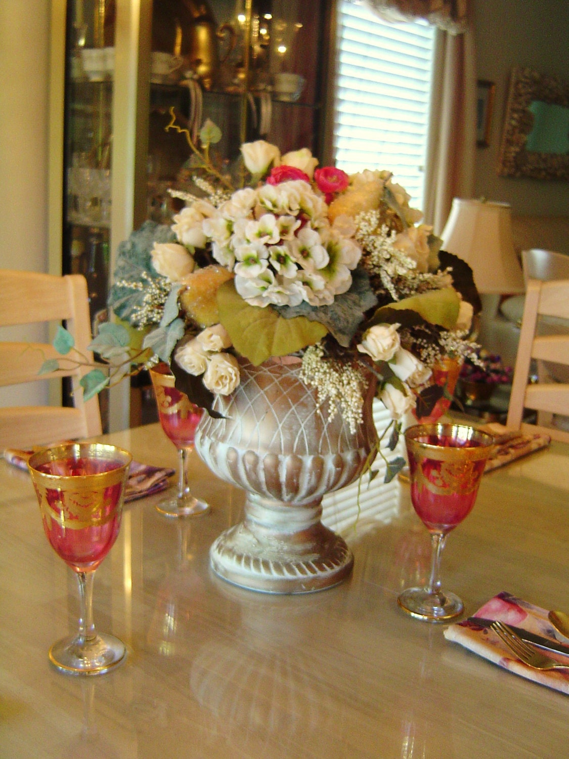 Elegant table centerpieces