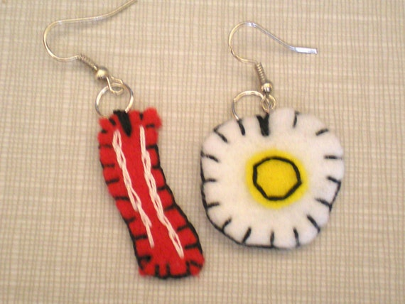 Breakfast Bonanza Eco Felt Earrings Bacon Eggs Felt Food - Happy Felties
