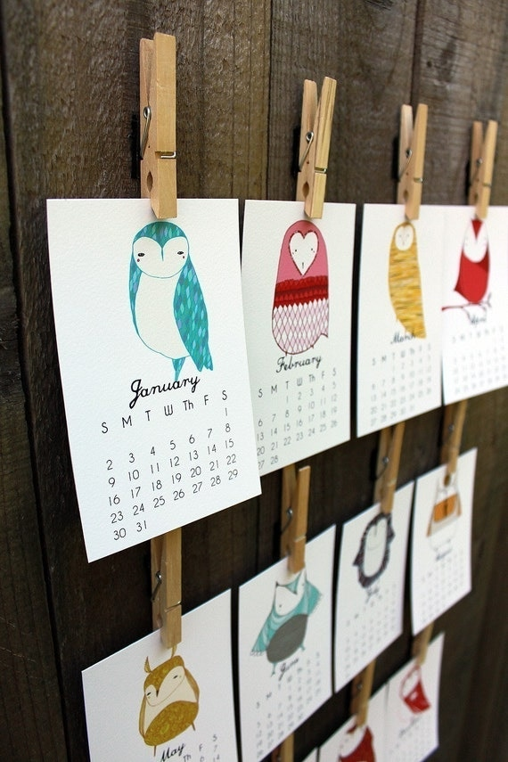 Sale 2013 Illustrated Owl Calendar with Display Easel