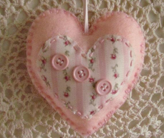 Розовый потертый шик Войлок сердца