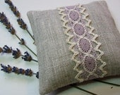 Scented Sachet, Organic Lavender Flowers, Natural Linen and Lace, Provence, France - LAST ONE - lamaisondefloria