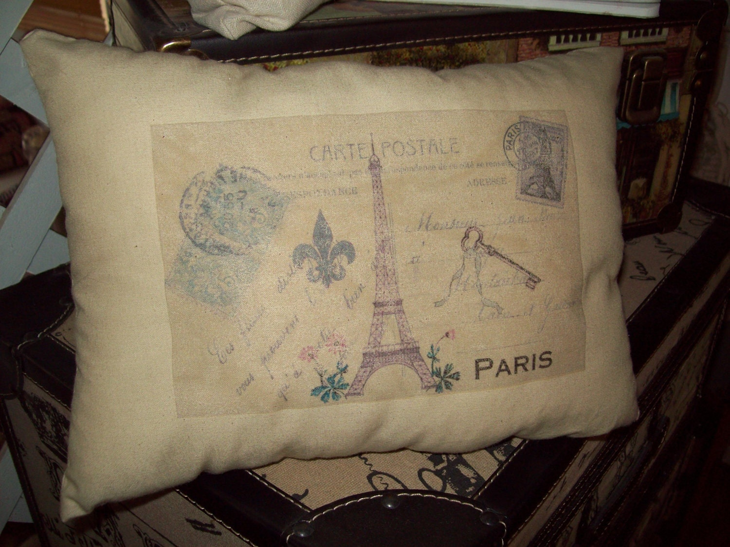 Shabby chic Paris carte postale Eiffel by JulieannasCreations