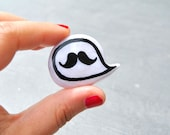 Movember mustache pin brooch - madamaRobe