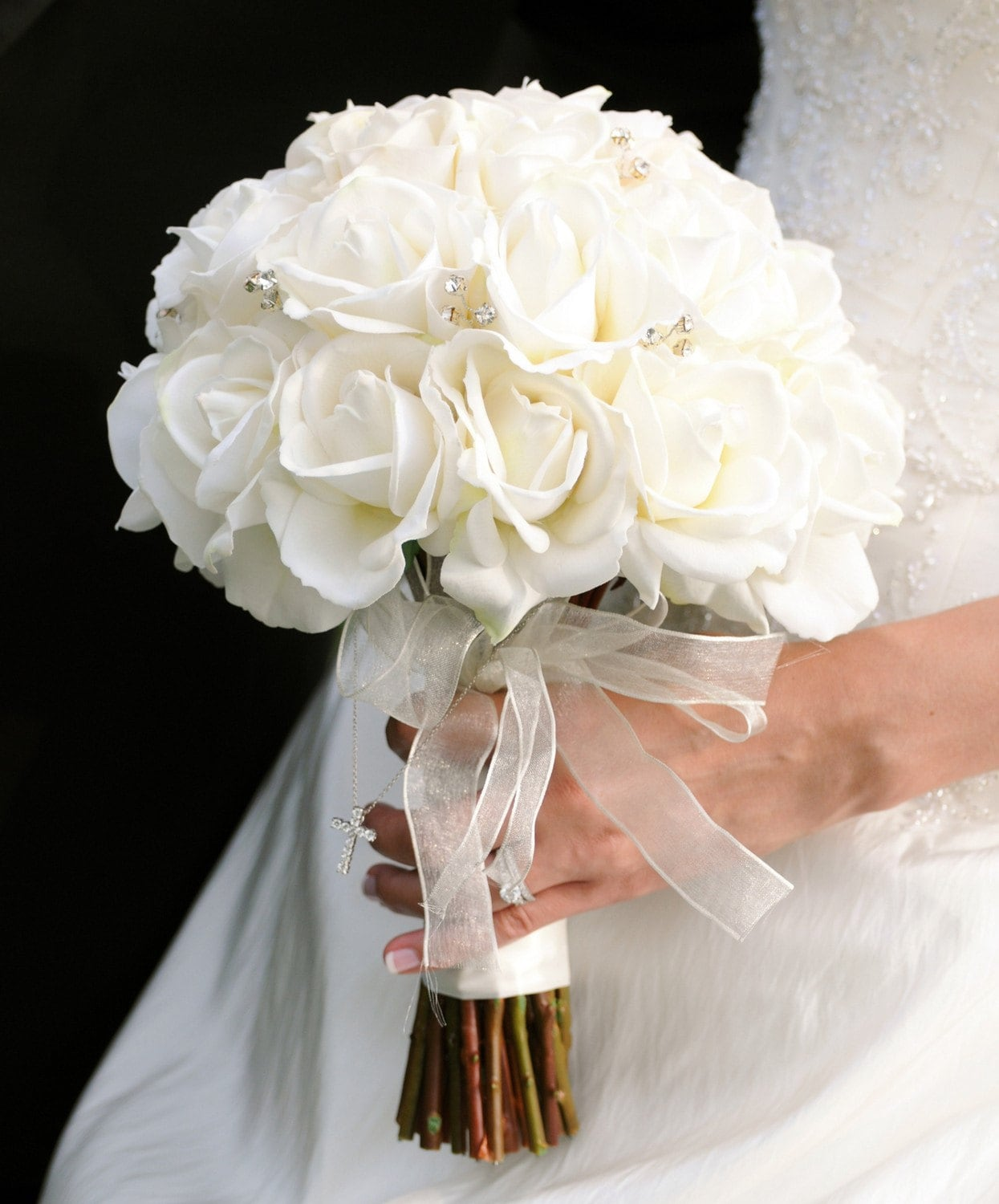 White Wedding Bouquets: Wedding Bouquets: Silk Flowers For Wedding Bouquets