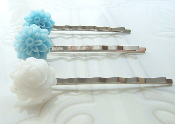Flower Bobby Pins  Blue Bobby pins  White Bobby Pins  Set pf Bobby Pin
