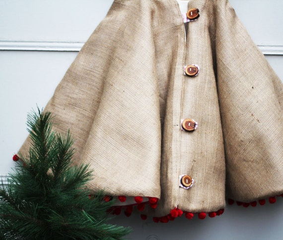 Cottage and Vine: A Christmas Tree Skirt Round-Up