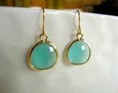 pacific blue earrings - gorgeous ocean hues for summer - round aqua modern gemstone jewelry - greenteajewels