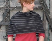 meerwiibli scalloped knit capelet FREE SHIPPING - meerwiibli