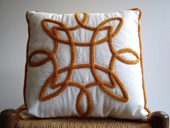 Sale Pillow Knitted Appliqued Quilted  I Cord Gold Celtic