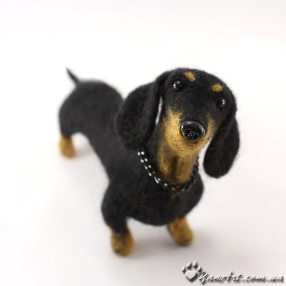 Dachshund Custom Realistic Needle Felted Dog / Pet Portrait Sculpture - OOAK - Breed Dachshund