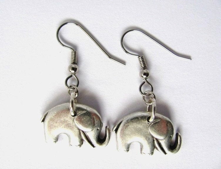 Elephant Earrings on Elephant Earrings Charm Button Animal Jewelry By By Hendyshome