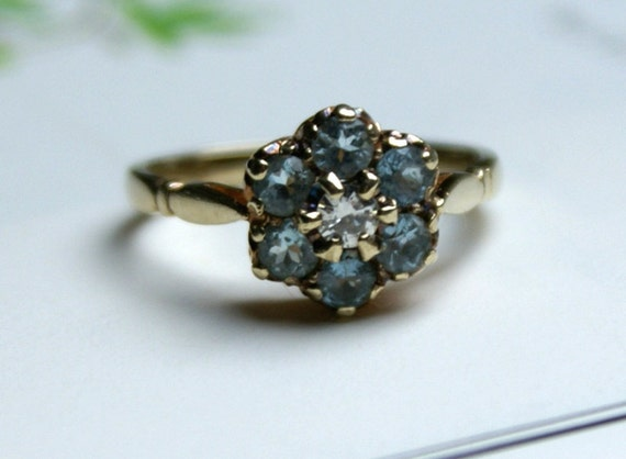 Aquamarine Ring-Vintage 9k Rose Gold -Aquamarine Diamond Ring-Daisy Setting-Aquamarine Cluster Opal Ring- Sparkling Aquamarine-Aquamarine