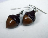 Fall Acorn Earrings made out of Polymer Clay - JerisJewelryBox
