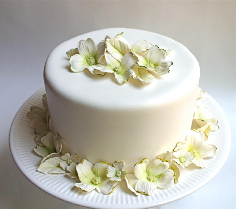 decorative edible flowers wedding cake - wedding flowers 2013