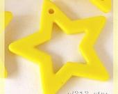 6pcs of Star Acrylic HUGE Pendants, Yellow - sl313star