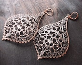 Kashmir. Huge Antiqued Copper filigree earrings. Statement piece. Elaborate and detailed Paisley Mehndi Sari style - GoddessOfJewelry