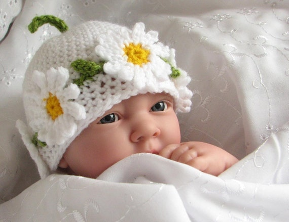 Crochet pattern for Daisy Chain hat in 4 sizes (pdf)