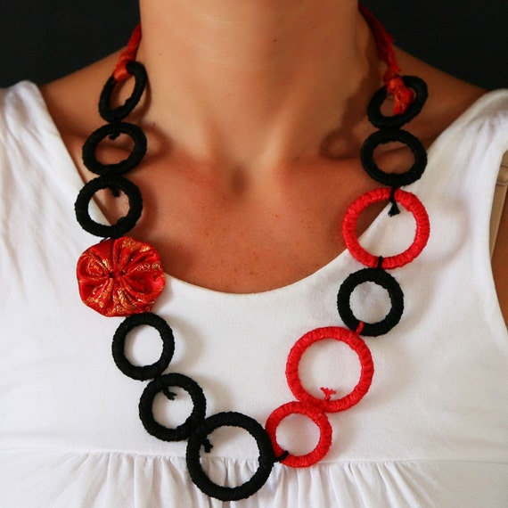 Red & black necklace fiber and textile circles and yoyos, geometric