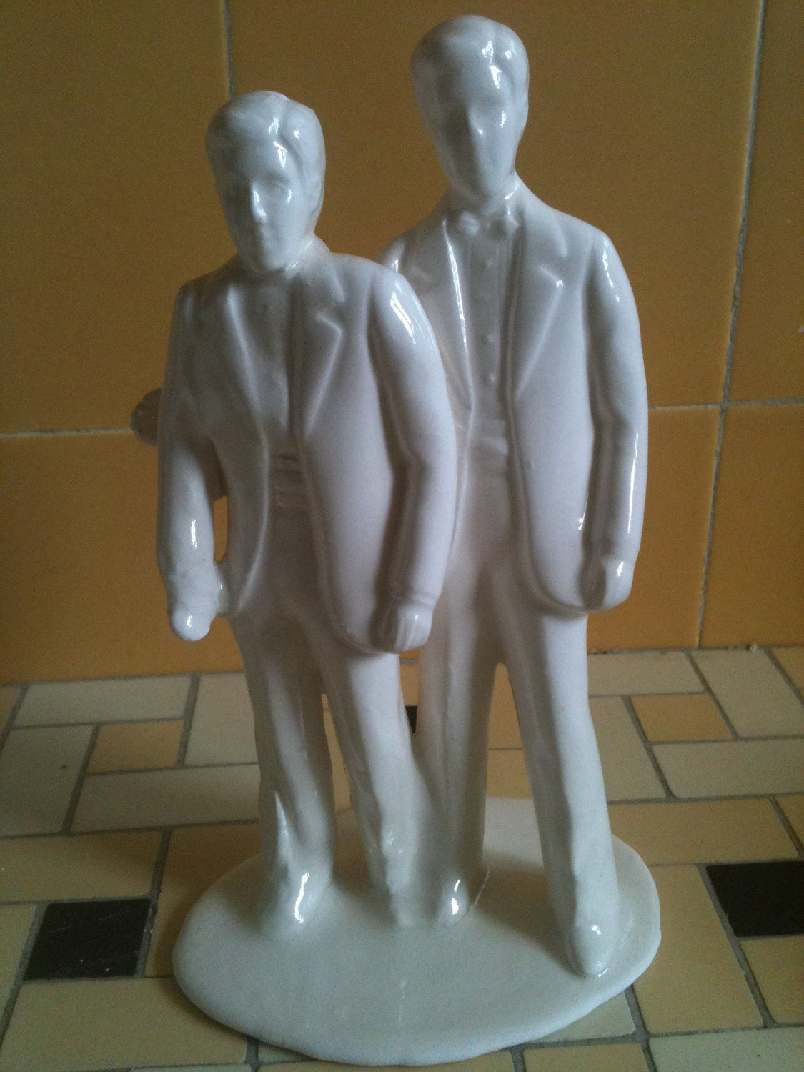 wedding cake toppers gay