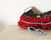Crochet evening clutch - red hot sexy