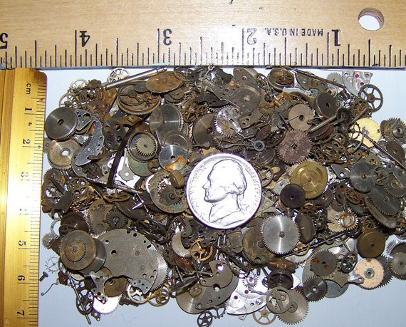 STEAMPUNK Vintage Watch Pieces GEARS 2g Decorative Sample Size Lot Plus Best Artist Steam Punk Movement Parts Industrial
