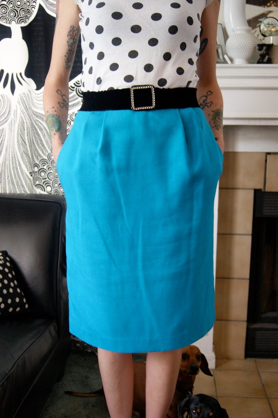 Turquoise Aqua Pencil Skirt Size 6 by Revival Vintage on Etsy