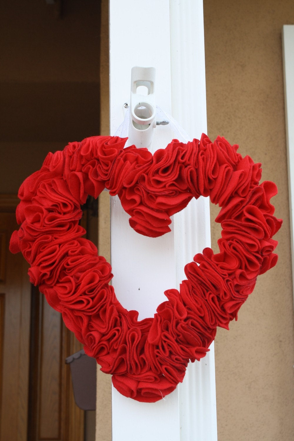 Valentine home decorations decorating ideas for Home decorations for valentine s day