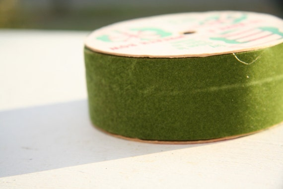 Vintage Christmas Ribbon 1960s-70s Dark Green Flocked Velvet