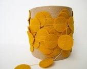 Felt Garland - Yellow/Mustard - JaneeLookerse