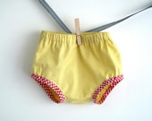 Sunshine yellow baby diaper cover, baby summer bloomer. Size 6-12 months. - arch190