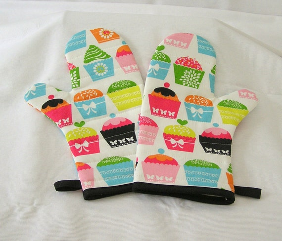 Oven Mitts Quilted Handmade One Pair Neon Colors Cute Retro Cupcake Design