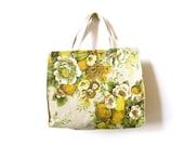 vintage spring time flowery purse - GinnyandHarriot